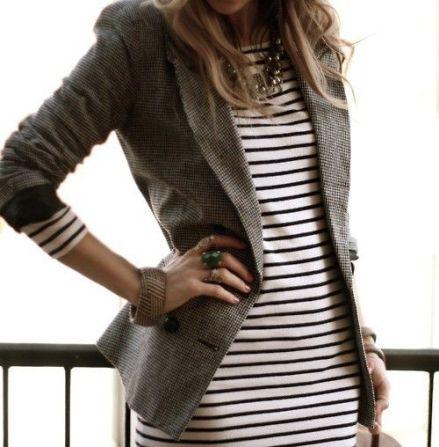 Vestido a rayas con blazer